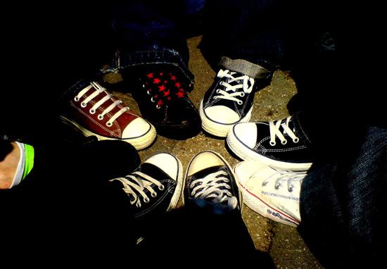 Обувь в эмо-стиле