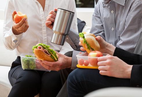 Как правильно питаться на работе?