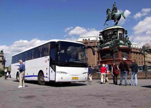Переезд на автобусе значительно дешевле авиабилетов