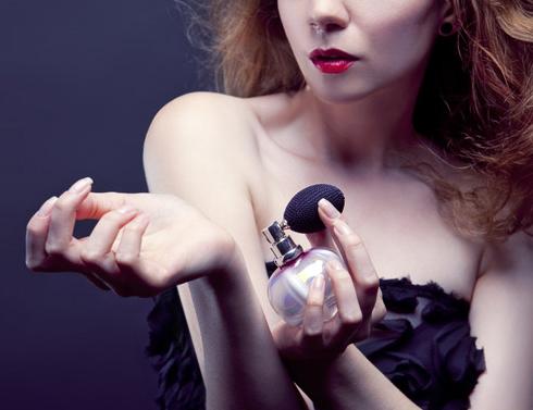 Действуют ли духи с феромонами?