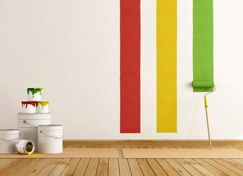 Красить стены лучше акриловыми красками