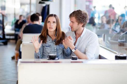 Поведение девушки покажет парню, на что ему рассчитывать в отношениях