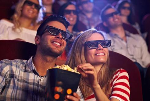Просмотр хорошего фильма – замечательный вариант праздничного вечера