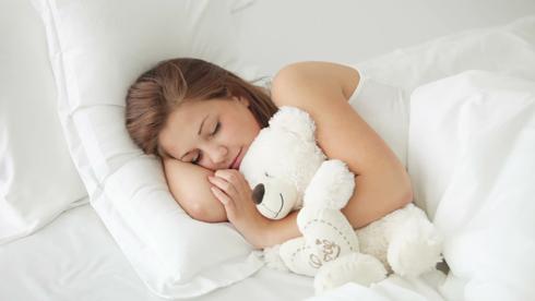 Чтобы избавиться от депрессии, обязательно нужно полноценно высыпаться