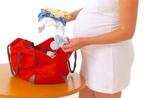 Позаботьтесь о вовремя приготовленных вещах для роддома