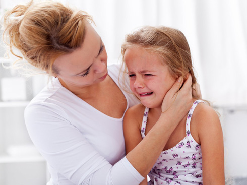 Что делать если ребенка укусила оса?