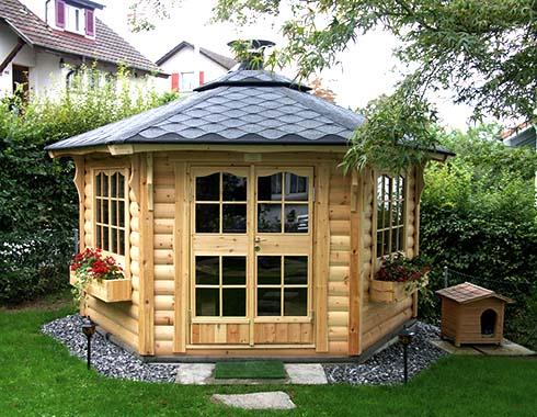 Как построить деревянную беседку?