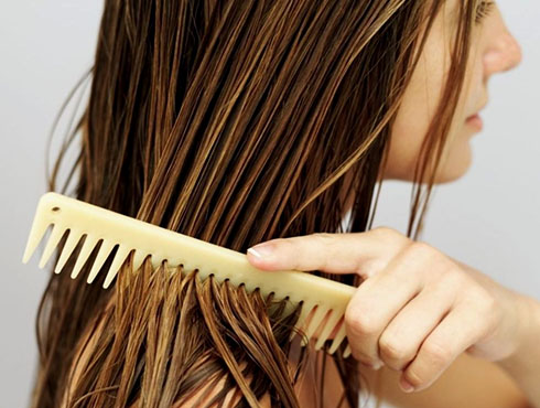 Как наносить масло для волос?