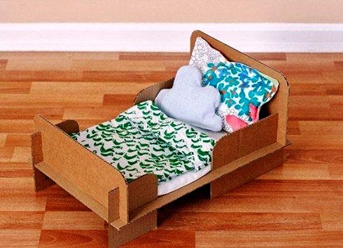 Как сделать кроватку для кукол?
