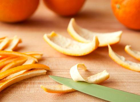 Апельсиновые корки от пищевой моли
